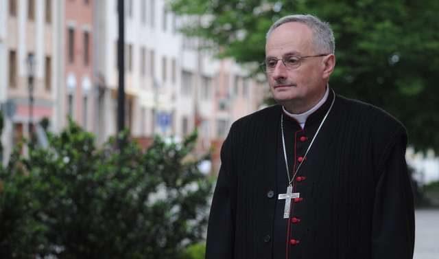 Bp Jacek Jezierski